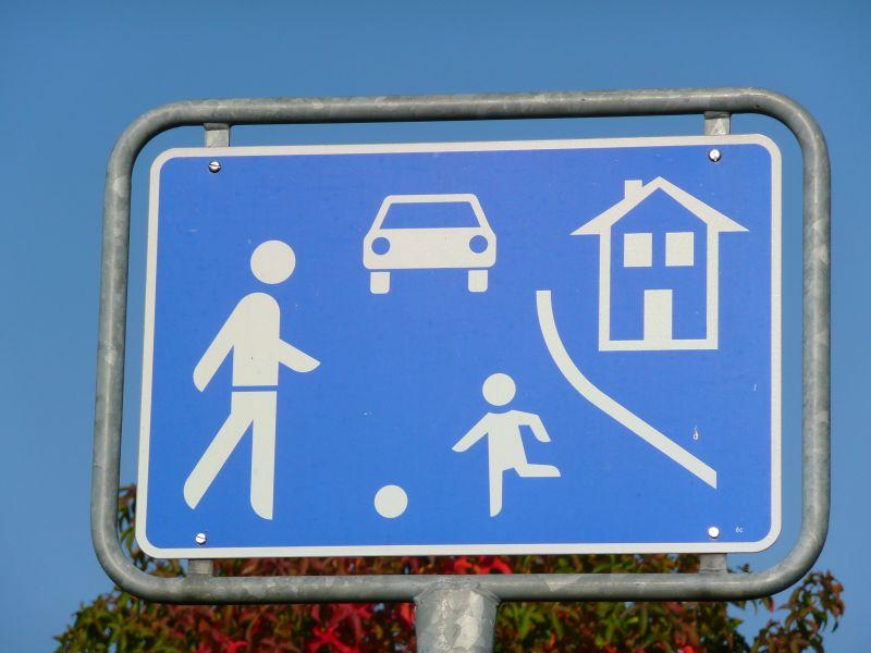 Spielstraße Schrittgeschwindigkeit Für Die Jugend
