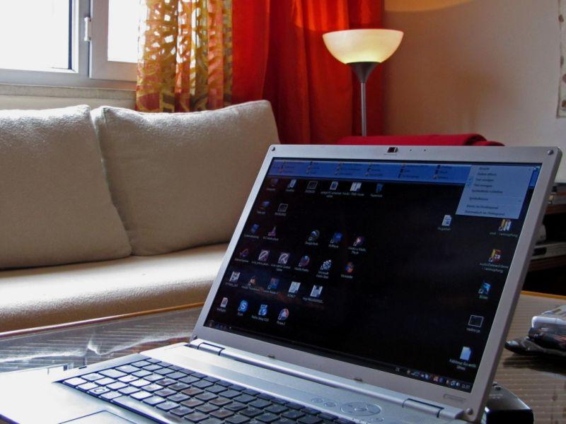 m bel preiswert und unkompliziert im web kaufen. Black Bedroom Furniture Sets. Home Design Ideas