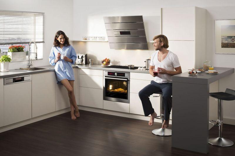 bei der anschaffung von hausger ten sollte man auch auf die lautst rke achten. Black Bedroom Furniture Sets. Home Design Ideas