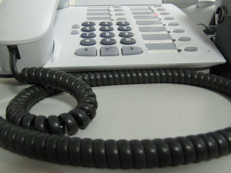 noch 360 stellen bei der azubi hotline angebot der ihk k ln l uft noch bis 4 september. Black Bedroom Furniture Sets. Home Design Ideas