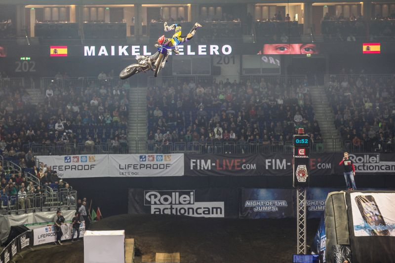 Night Of The Jumps Adrenalin Junkies Motorrad Und Motorsportfans