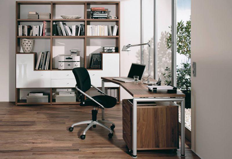 wenn das b ro zu hause einzug h lt arbeiten im home office. Black Bedroom Furniture Sets. Home Design Ideas