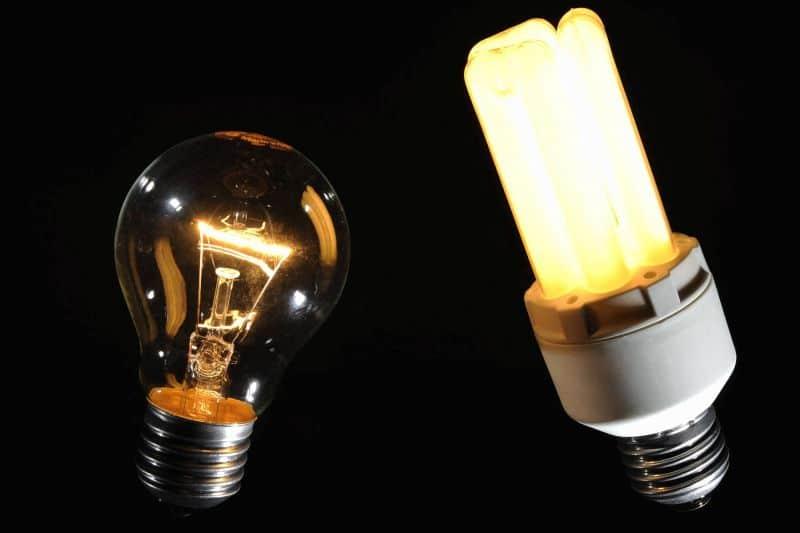 passendes licht mit langer lebensdauer so findet man die richtige energiesparlampe. Black Bedroom Furniture Sets. Home Design Ideas