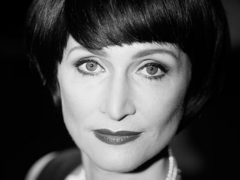 Carla Westham: 'Ich schreibe Bücher für die, die das Besondere lieben' / copyright: Alexander Vejnovic / www.das-fotostudio-duesseldorf.de