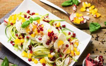 Das richtige Dressing ist das i-Tüpfelchen für kreativen Salat im Sommer - copyright: pixabay.com