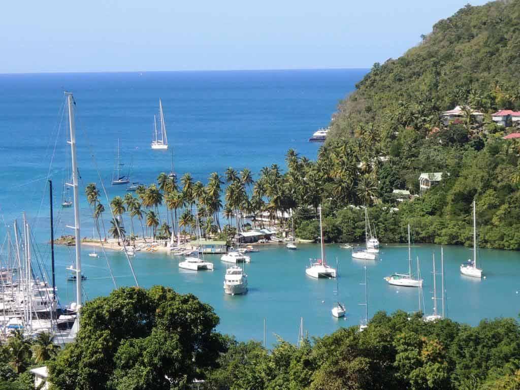 St. Lucia bietet Regenwaldabenteuer, Luxus und Ökotourismus in der Karibik copyright: pixabay.com