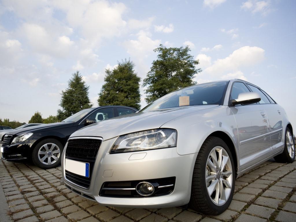 Gutes Geld für den Gebrauchtwagen - copyright: pixabay.com