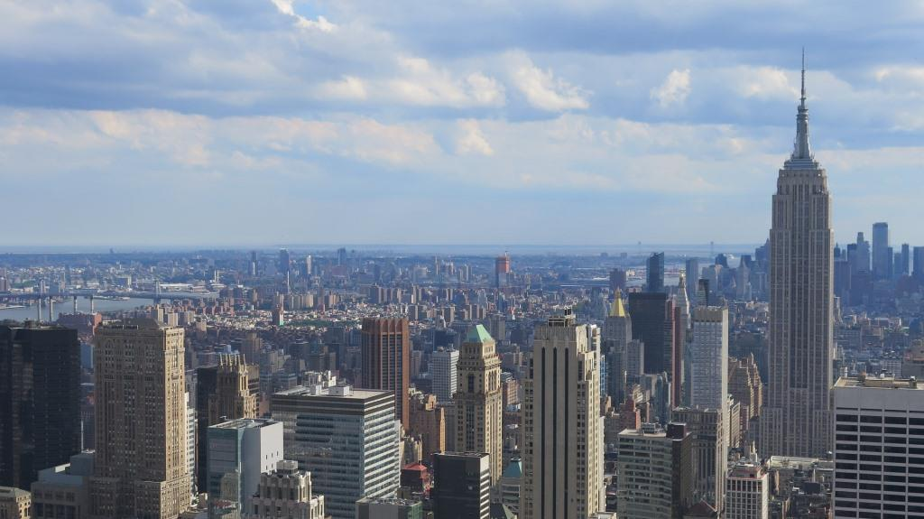 New York genießt mit ihrer großen Anzahl an Sehenswürdigkeiten, den 500 Galerien, etwa 200 Museen, mehr als 150 Theatern und mehr als 18.000 Restaurants Weltruf auch in den Bereichen Kunst und Kultur. - copyright: pixabay.com