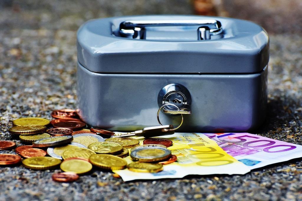 Arbeiten trotz ALG II? Warum Sie durch Aufstocken mehr in der Kasse haben! - copyright: pixabay.com