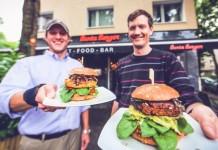 Veganer Fastfood-Genuss in Köln-Ehrenfeld: Bunte Burger - copyright: Mirko Polo
