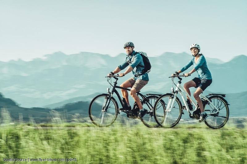 Gerade in bergigen Regionen sind inzwischen deutlich mehr Radtouristen unterwegs, die per E-Bike die Landschaft erkunden. copyright: www.flyer-bikes.com / pd-f