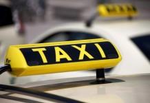 Taxi-Stellplätze am Kölner Hauptbahnhof bleiben bestehen copyright: Q.pictures / pixelio.de