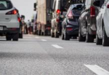 Verkehrsbehinderungen durch Großveranstaltungen in Köln: Demonstrationen, Fußballderby, Eishockeyspiel und verkaufsoffener Sonntag copyright: Petra Bork / pixelio.de