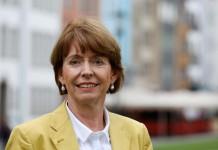 Oberbürgermeister-Kandidatin Henriette Reker (parteilos) wurde bei einem Attentat in Köln schwer verletzt. copyright: Alex Weis / CityNEWS