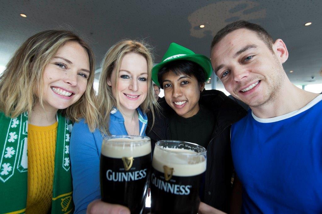 Wer den St-Patrick's Day am liebsten auf der Insel feiern möchte, sollte beim großen Guinness-Gewinnspiel mitmachen. copyright. PR