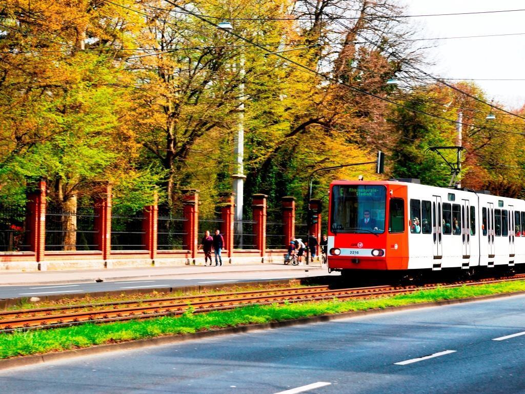 Auch Bus- und Bahn-Verkehr der KVB betroffen - copyright: CityNEWS / Alex Weis