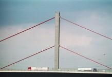 Der Neubau der Leverkusener Autobahnbrücke wird sich noch über Jahre hinziehen - copryight: alipictures / pixelio.de