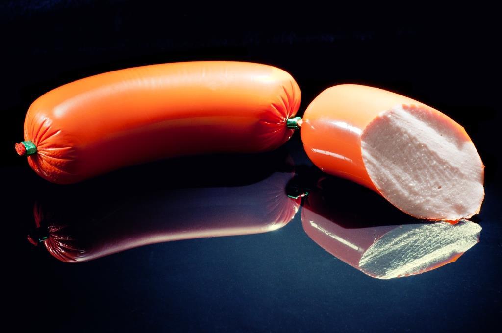 Ernährungstrend des Jahres ist die Herstellung von Wurst in Eigenregie copyright: Timo Klostermeier / pixelio.de
