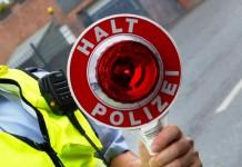 Geschwindigkeitskontrollen der Polizei Köln am Rheinufertunnel endet mit 42 Fahrverboten - copyright: Tim Reckmann / pixelio.de