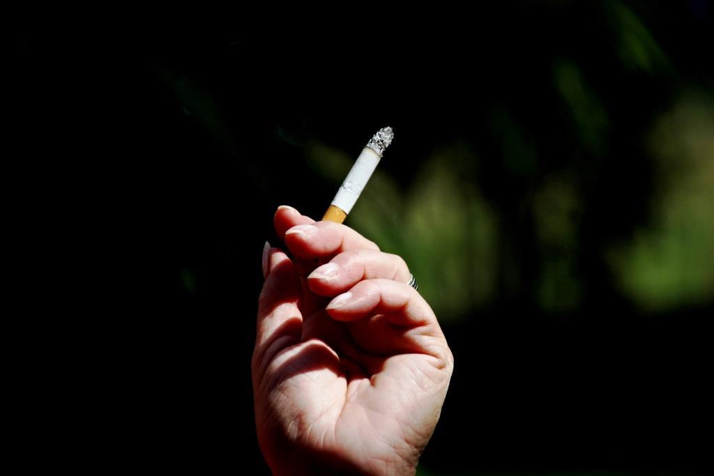Risiken des Rauchens für Frauen größer als für Männer copyright: Rainer Brückner  / pixelio.de
