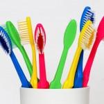 Professionelle Zahnreinigung: Hauptsache es wird geputzt copyright: Tim Reckmann / pixelio.de