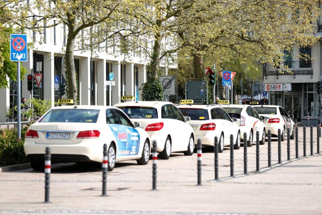 Kölner Kripo klärt Serie von Trickdiebstählen aus Taxen copyright: Alex Weis / CityNEWS