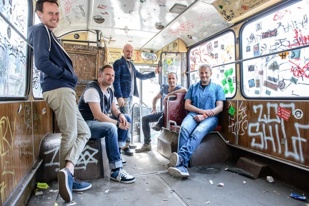 Die Wise Guys haben nicht nur Fans im gesamten deutschsprachigen Raum begeistert. Sie gaben auch Konzerte in England, Luxemburg, Frankreich, den USA und Kanada. Foto: Guido Kollmeier