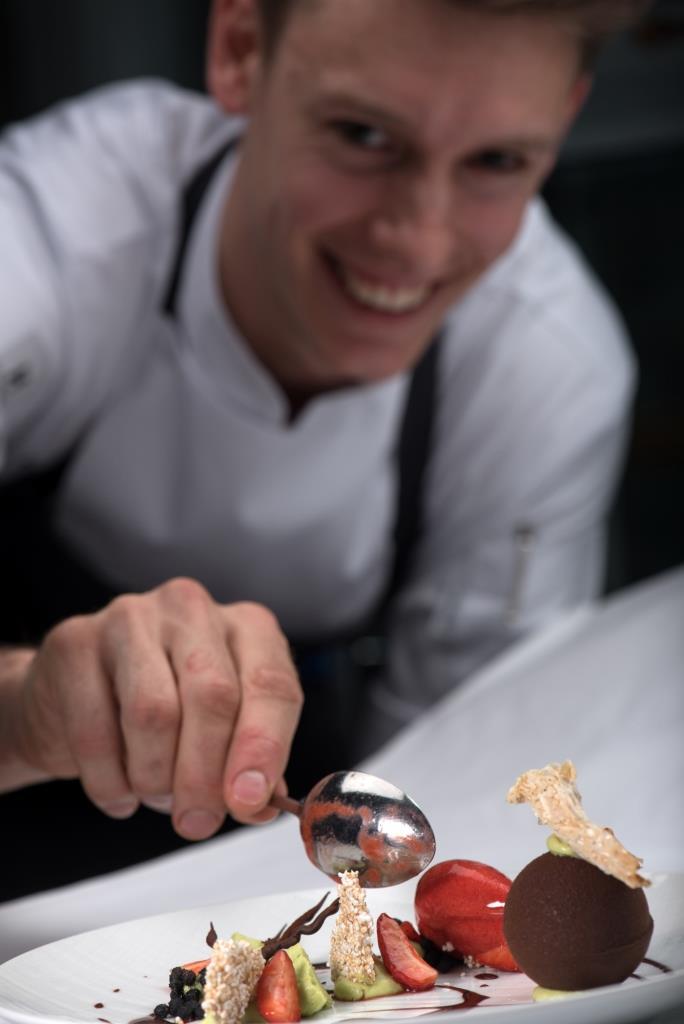 Beim JRE-Cup der Hobby-Patissiers begegnen sich erstmals ambitionierte Zweier-Teams im Wettbewerb um das leckerste Dessert. copyright: K. Wohlmann
