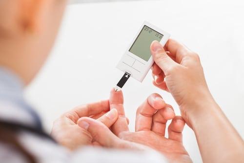 Diabetiker haben mit Risiken verschiedener Folgeerkrankungen zu kämpfen, auch ein erhöhtes Krebsrisiko ist nicht auszuschließen. Bild: © Andrey_Popov | Shutterstock.com