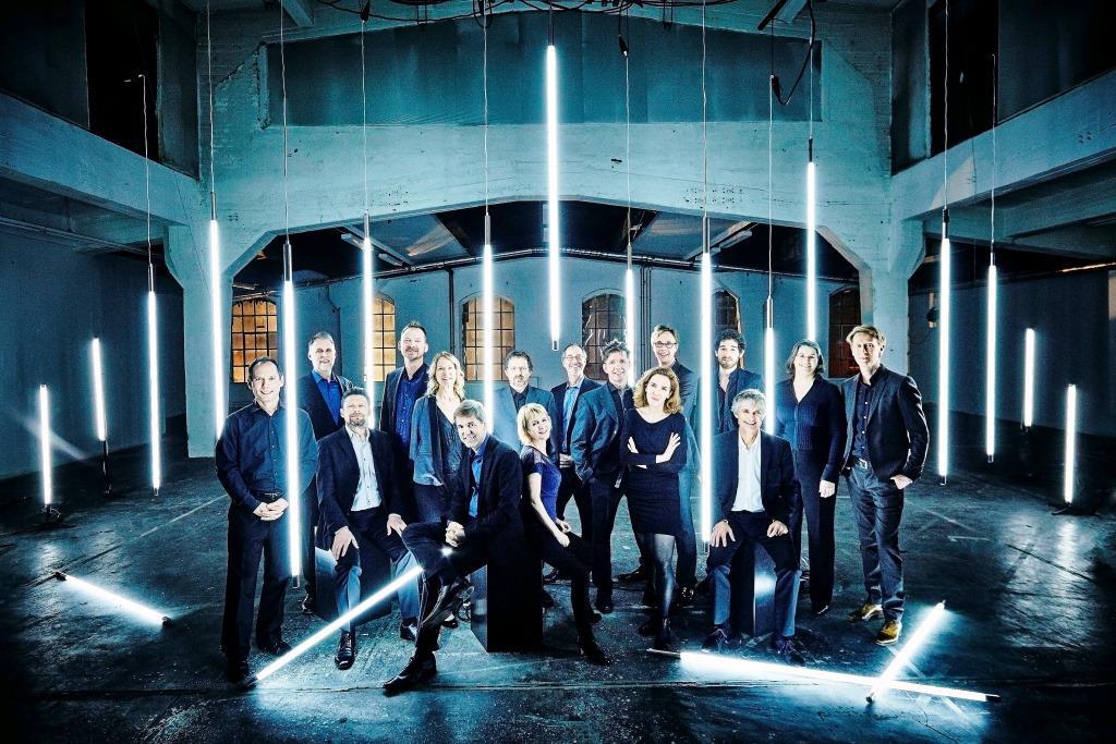 Das Ensemble Musikfabrik gehört zu den Festivalgästen 2016. copyright: djd / achtbruecken.de / Jonas Werner-Hohensee