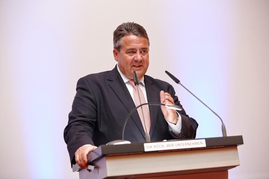 Bundesminister Gabriel diskutiert Aktionsprogramm mit Kölner Unternehmerinnen und Unternehmern copyright: IHK Köln / Ulrich Kaifer