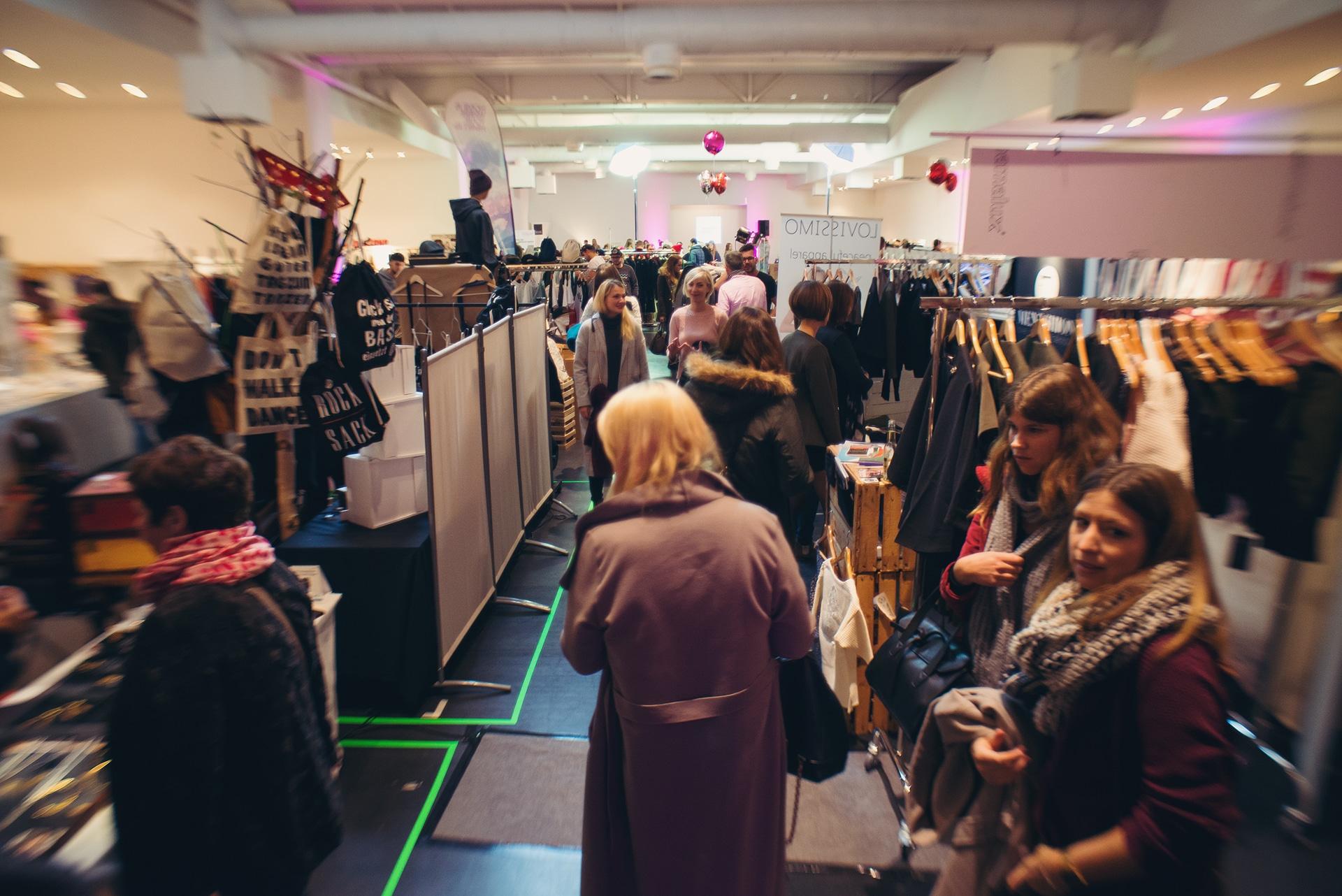 Stores mit Mode, Schmuck und Accessoires laden zum Shoppen ein copyright: 0049 Projekt GmbH