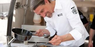 Auf die Zange, fertig, los! – Profikoch Wolfgang Weigler gibt Tipps für den Start in die Grillsaison copyright: Wolfgang Weigler