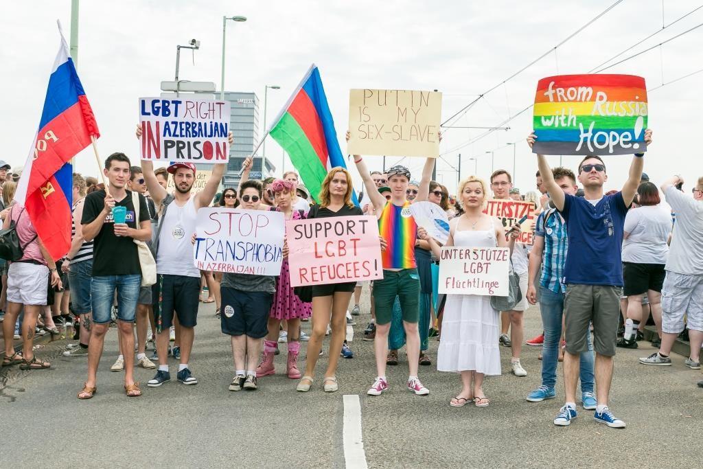 Die CSD-Demonstration durch die Kölner Innenstadt bildet immer einen der Höhepunkte des ColognePride copyright: ColognePride