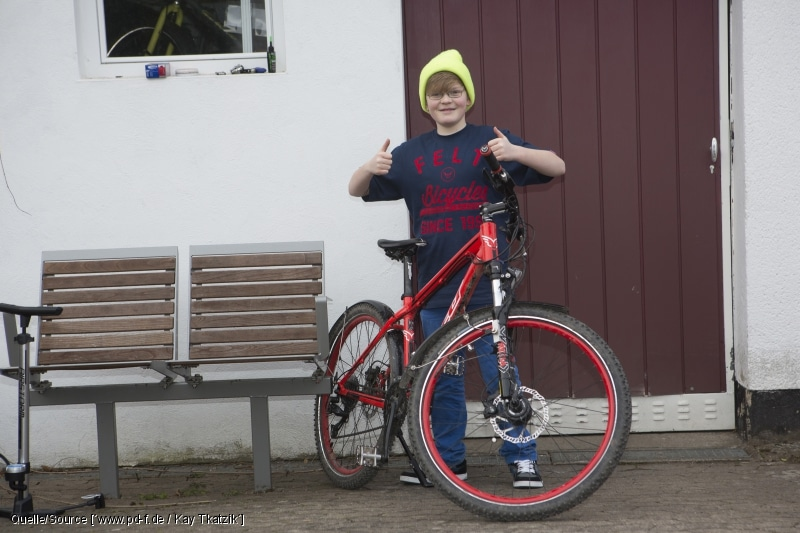 Fahrradflicken ist kinderleicht: Eine Anleitung für Sie in Bildern - copyright: www.pd-f.de / Kay Tkatzik