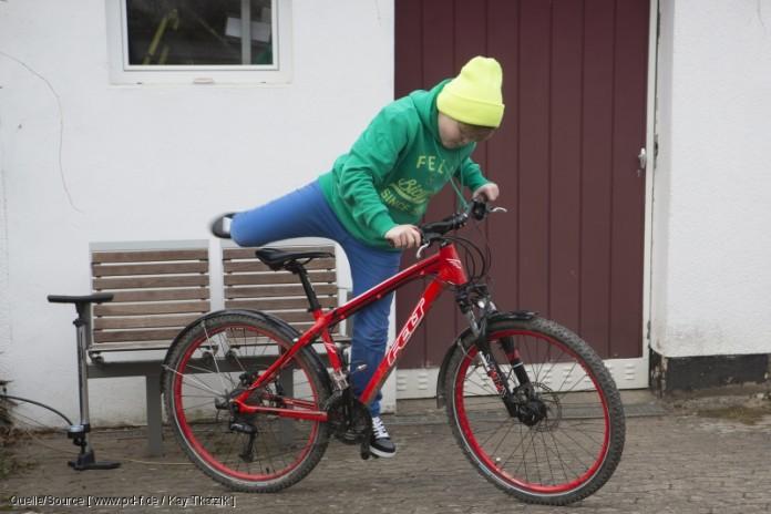 Reifen montiert und rauf aufs Rad: Los geht´s! copyright: www.pd-f.de / Kay Tkatzik