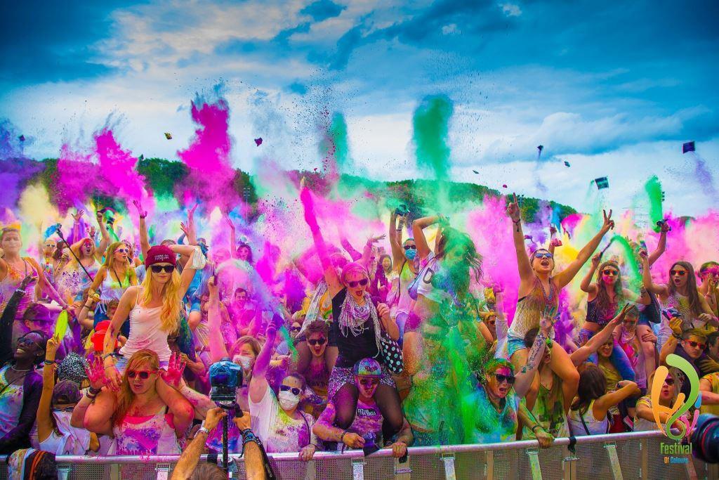 Im fünften Jahr begeistert das Holi Festival of Colours mit Jungle-Feeling copyright: www.holifestival.com