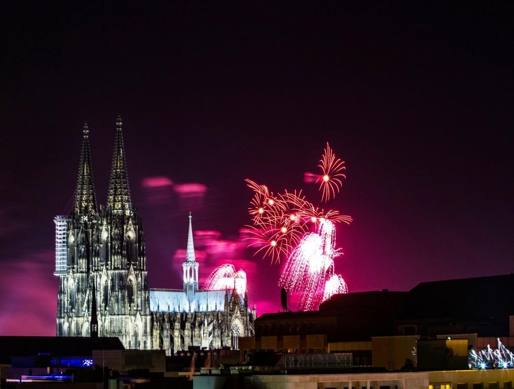 Silvesterparty in der Kölner Altstadt - copyright: Alex Weis / CityNEWS