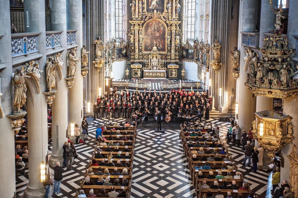 """Eröffnungswochenende des """"ACHT BRÜCKEN""""-Festivals in Köln war mit über 8.000 Besucher ein voller Erfolg copyright: Jörg Hejkal"""