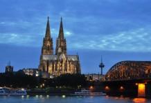 7. Internetwoche in Köln: Erleben Sie die digitale Zukunft! - copyright: Ruth Rudolph / pixelio.de