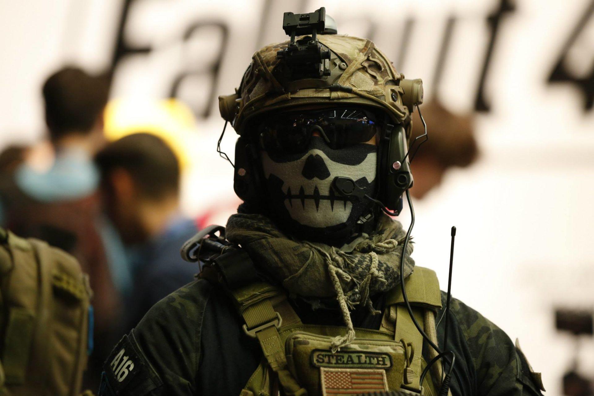 Kostümierung ja - Nachbildungen von Waffen: nein copyright: Alex Weis / CityNEWS
