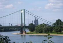 In der Nähe der Mülheimer Brücke in Köln-Niehl kam es zu einem brutalen Überfall auf britische Touristen. Die Polizei sucht Zeugen. copyright: uli p. / pixelio.de