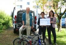 Toyota Mitarbeiter spenden Fahrräder für gemeinnütziges Projekt copyright: Toyota Deutschland GmbH