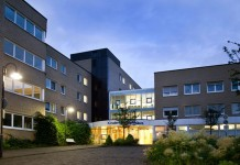 """Kölner Kinderkrankenhaus Amsterdamer Straße: """"Ausgezeichnet. Für Kinder."""" copyright; Sabine Rütten / Kliniken der Stadt Köln gGmbH"""