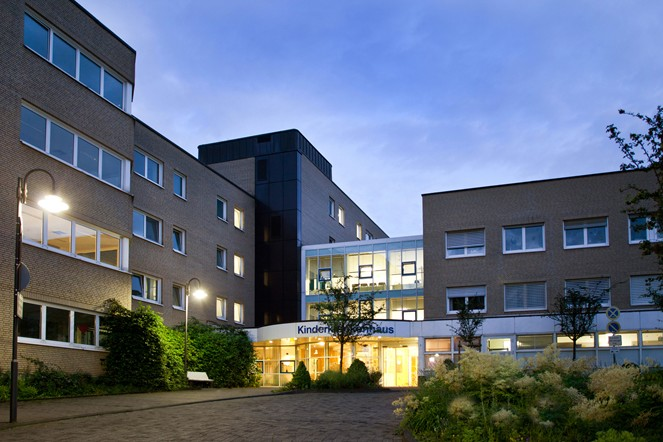 """Spendenempfänger """"AG Experimentelle Onkologie"""" im Kinderkrankenhaus Amsterdamer Straße - copyright: Sabine Rütten / Kliniken der Stadt Köln gGmbH"""