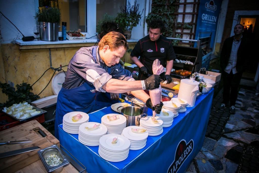 """""""10 JAHRE PORT CULINAIRE"""" SHIPWRECKED PARTY""""  Die legendäre Absacker Fete im Centre Port Culinaire. - copyright: CHEF-SACHE"""