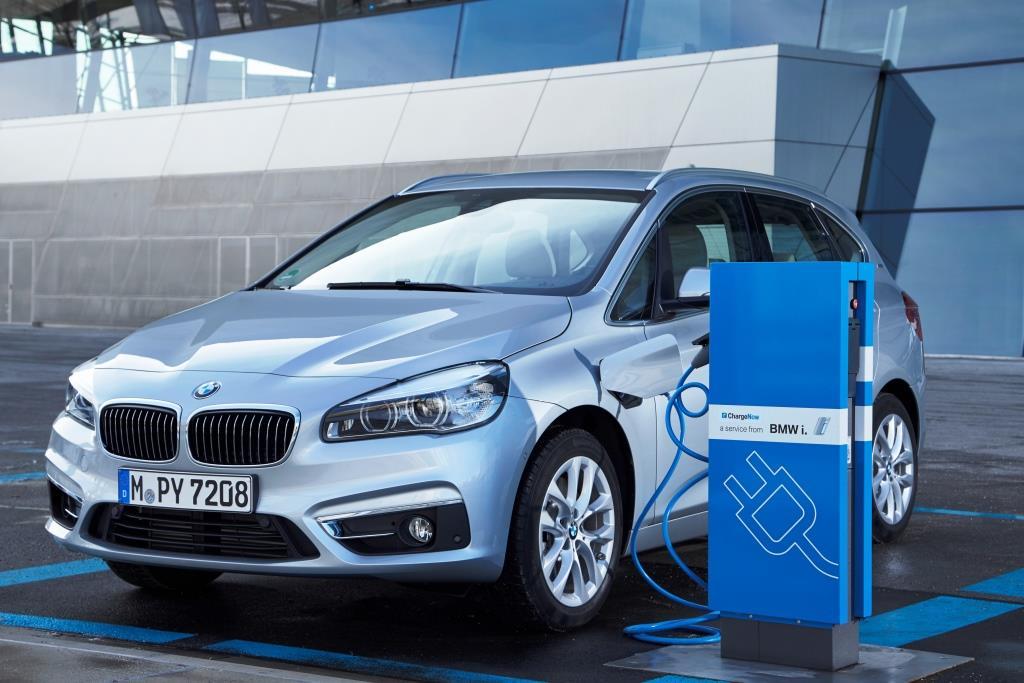 Hoher Marktanteil im Hybridsegment: BMW 225xe copyright: Fabian Kirchbauer / BMW AG