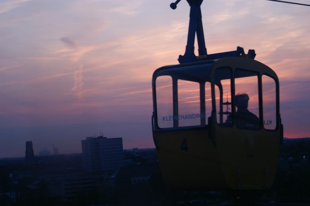Seilbahn: Tag- und Nachtfahrten zu den Kölner Lichtern - copyright: Kölner Verkehrs-Betriebe