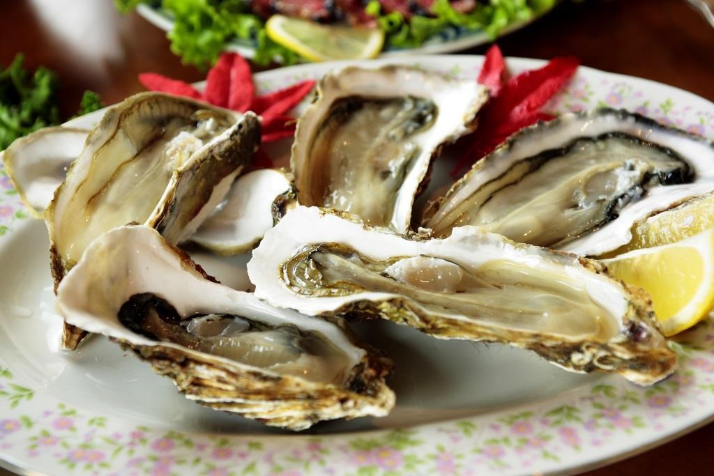 Austern: Meeresfrüchte haben das Spurenelement Selen, welches das Krebsrisiko reduziert - copyright: pixabay.com