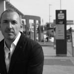 Internet- und Facebook-Marketing Experte Irek Gronert launcht Nano Displayschutz - copyright: Irek Gronert